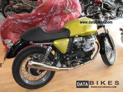 2011 Moto Guzzi  V7 Cafe Mistral exhaust sound great! Motorcycle Naked Bike photo