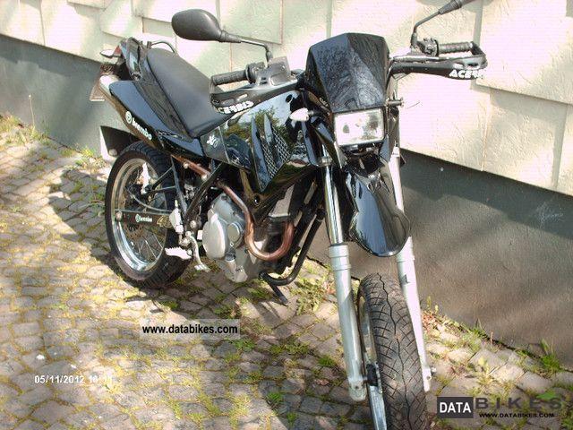 2001 Mz  125 SM Motorcycle Lightweight Motorcycle/Motorbike photo
