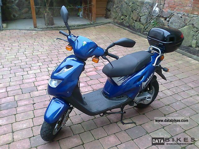 2001 Mz  Moskito SX 50 Motorcycle Scooter photo