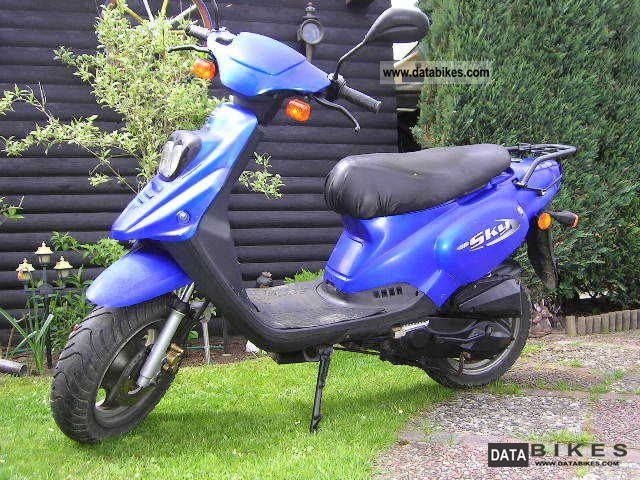 2001 Pegasus  Sky 50 Motorcycle Scooter photo