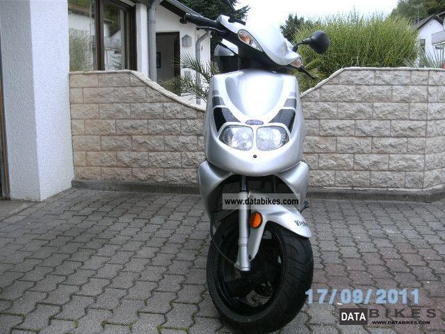 Pegasus  Corona Sport Edition 125 2007 Scooter photo