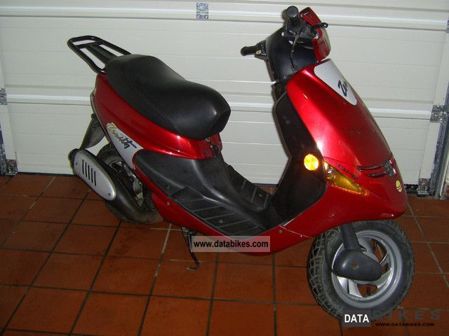 Peugeot  zenith 1996 Scooter photo
