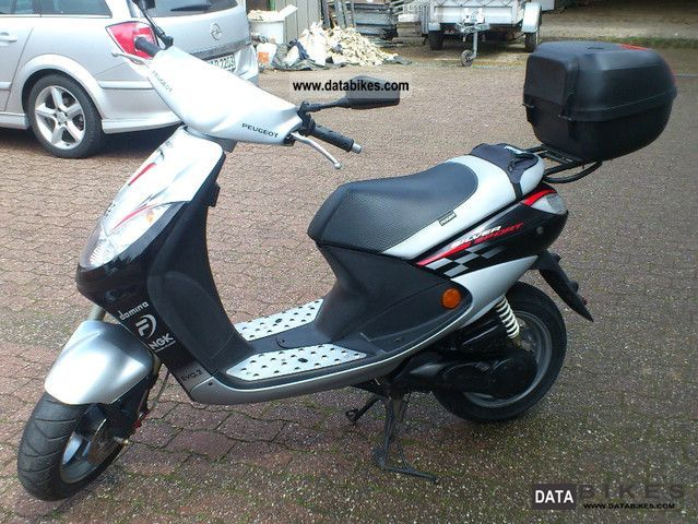 Peugeot  Vivacity Silver Sport special model throttled 2006 Scooter photo