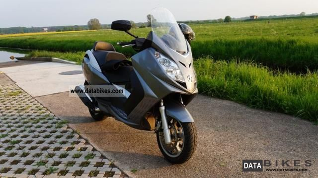 2007 Peugeot  Satelis 400 Motorcycle Scooter photo