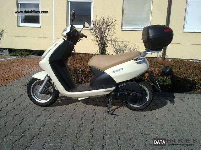 Peugeot  Vivacity 2011 Scooter photo