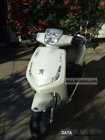 Peugeot  Vivacity 2010 Scooter photo