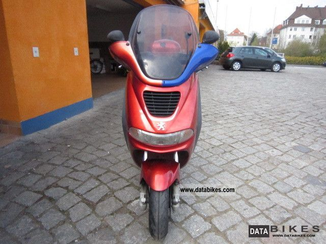 Peugeot  Elyseo 2002 Scooter photo