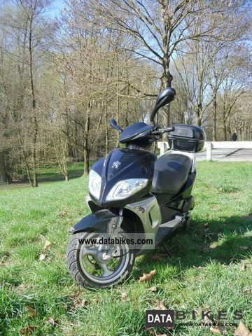 2008 Peugeot  Sum Up 125 Motorcycle Scooter photo