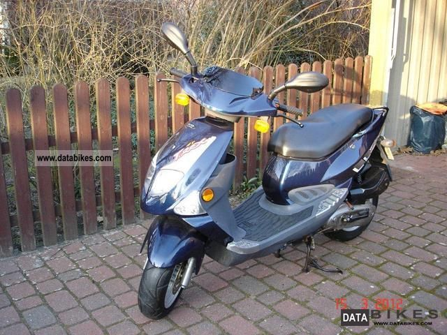2002 PGO  CP1 Motorcycle Scooter photo