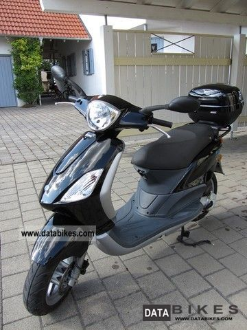 Piaggio  Motorcycles on 2008 Piaggio Fly 50 4t Motorcycle Scooter Photo 2