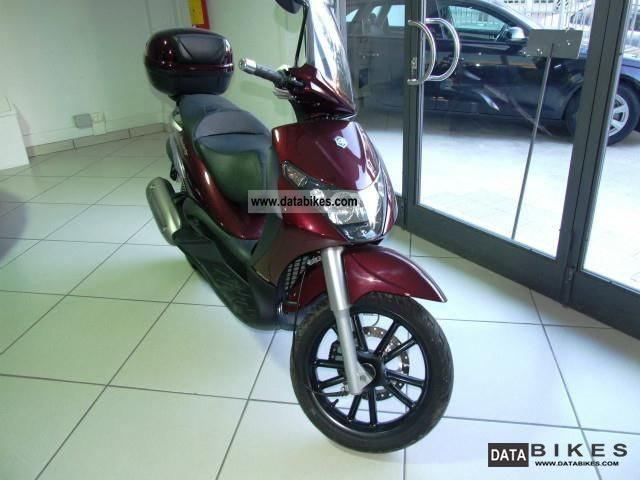 2007 Piaggio  Beverly 250 Motorcycle Motor-assisted Bicycle/Small Moped photo