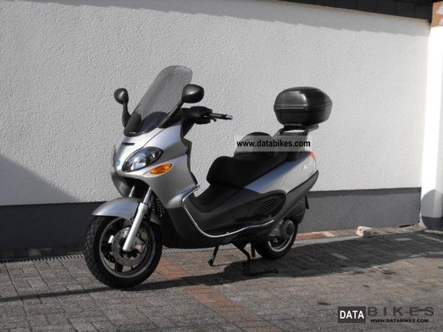 2002 Piaggio  x9 Motorcycle Scooter photo