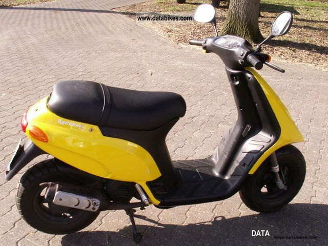 2000 Piaggio  TPH Motorcycle Scooter photo
