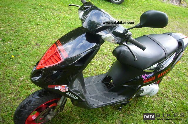 2002 Piaggio  NRG MC3 Pure Jet Injection Motorcycle Motor-assisted Bicycle/Small Moped photo
