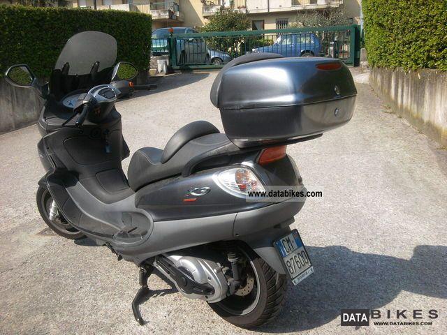 Piaggio  piaggio x9 2005 Scooter photo