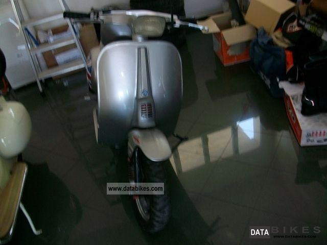 Piaggio  Vespa 50 4M 1975 Vintage, Classic and Old Bikes photo