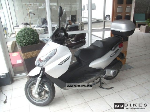 Piaggio  X7 125 2008 Scooter photo
