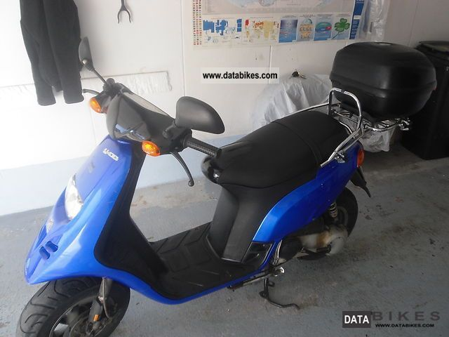 2003 Piaggio  TPH 50 Motorcycle Scooter photo