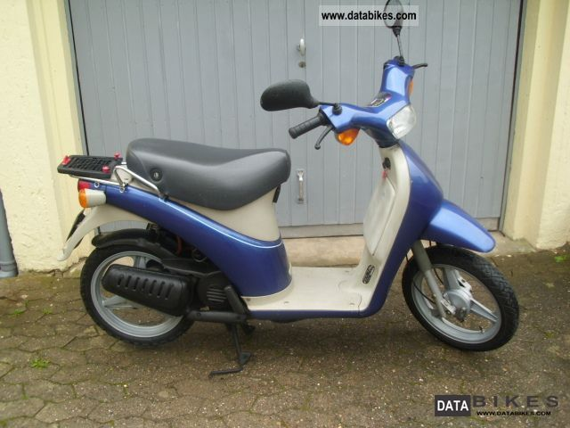 1993 Piaggio  Free with 50 insurance Motorcycle Scooter photo