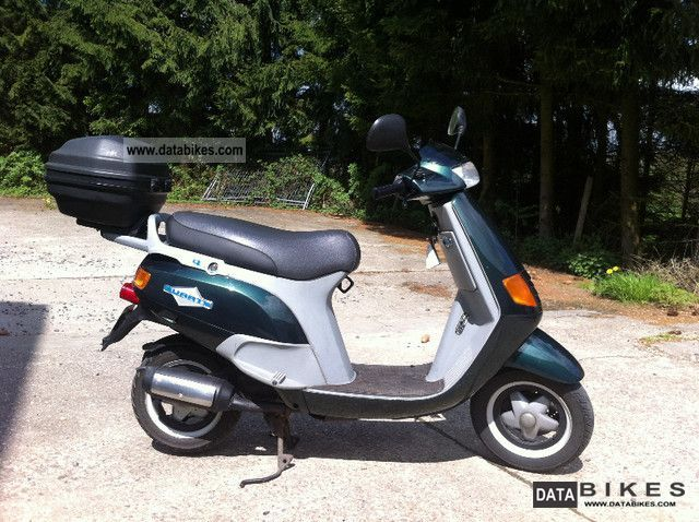 1995 Piaggio  quartz Motorcycle Scooter photo