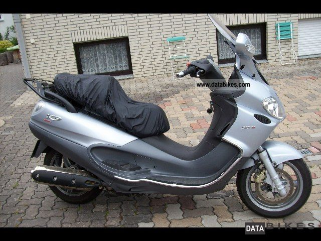 2006 Piaggio  X9 Motorcycle Scooter photo