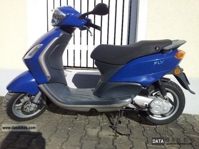 Piaggio  Fly 2006 Scooter photo