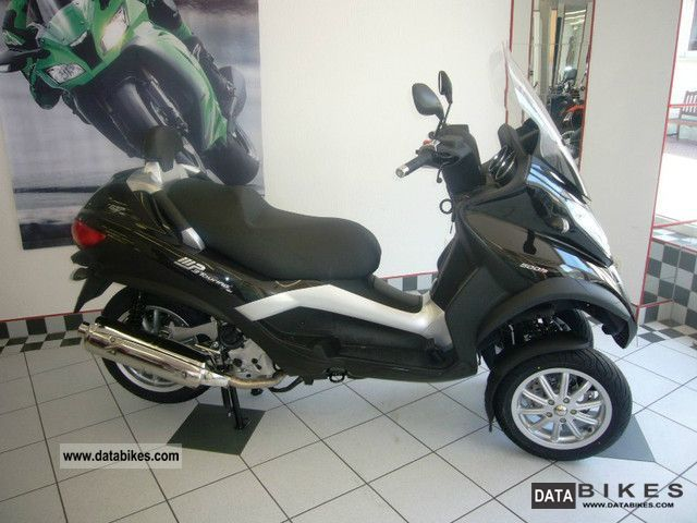 Piaggio  MP3 500 LT Buisiness 2012 Scooter photo