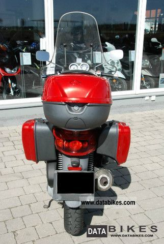 Piaggio  Motorcycles on 2002 Piaggio Beverly 125 Motorcycle Scooter Photo 5
