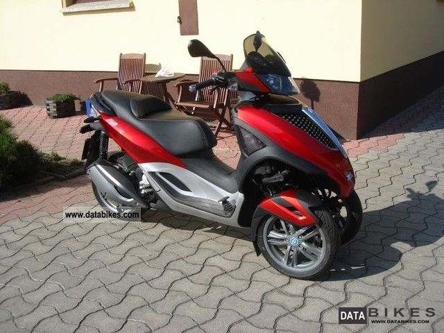 Piaggio  MP3 Yourban 06.2011 2011 Scooter photo