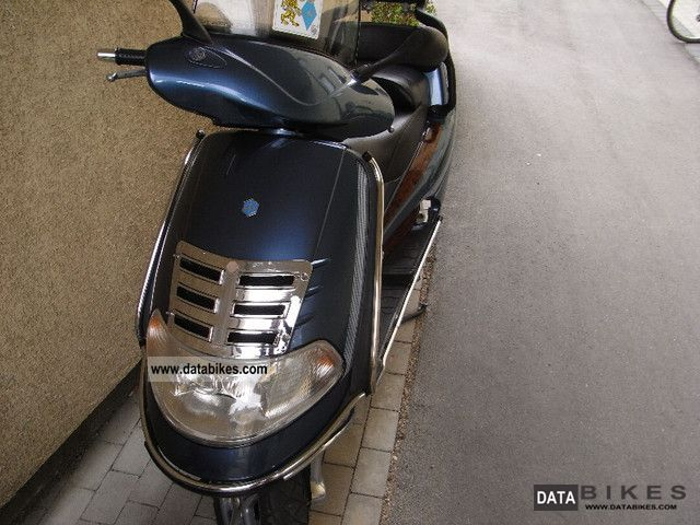 Piaggio  Hexagon 125 1992 Scooter photo