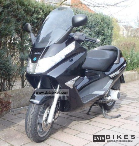2007 Piaggio  X 8200 Motorcycle Scooter photo