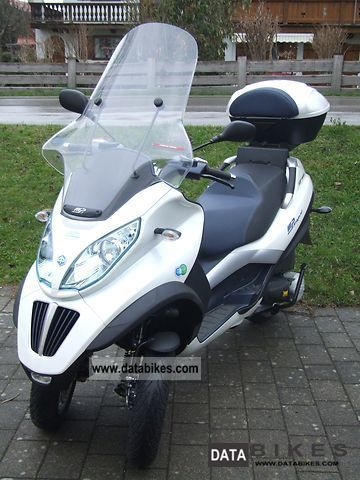 Piaggio  MP3 Hybrid 300LT 2012 Electric Motorcycles photo