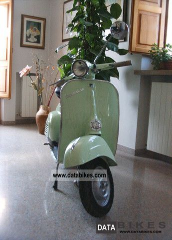 Piaggio  Vespa 50 sportellino piccolo del 1965 1965 Vintage, Classic and Old Bikes photo