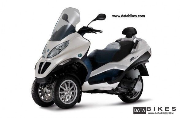 Piaggio  MP3 300LT i.e. Hybrid 2011 Electric Motorcycles photo