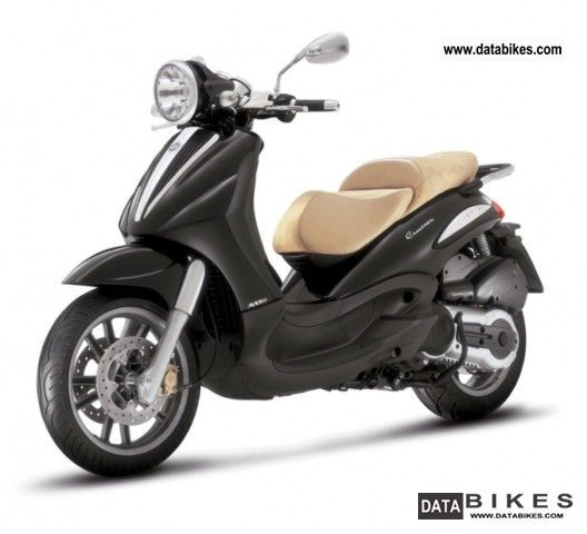 2011 Piaggio  Beverly 500 Cruiser Motorcycle Scooter photo