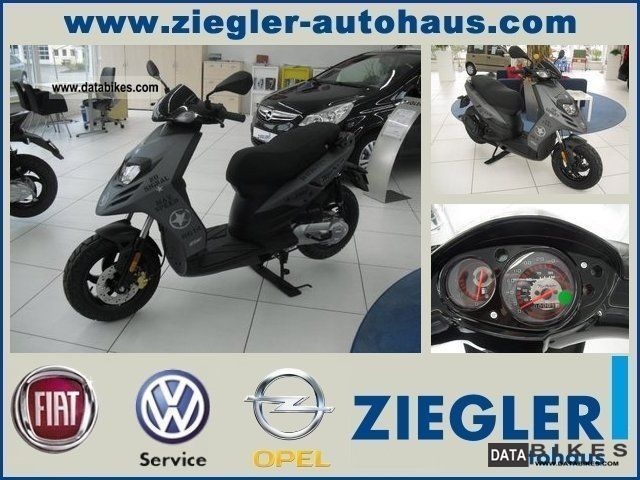 2011 Piaggio  TPH 125 * MODEL * NEW * Motorcycle Scooter photo