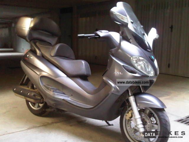 Piaggio  piaggio x9 500 evolution vendo street 2006 Scooter photo