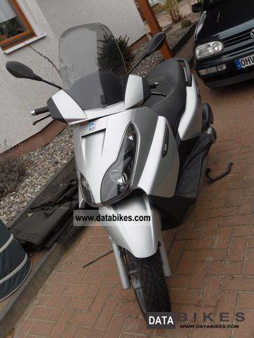 2009 Piaggio  X7 Motorcycle Lightweight Motorcycle/Motorbike photo