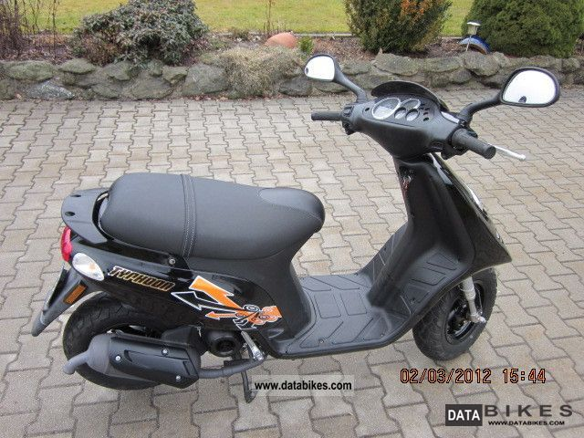 2008 Piaggio  tph Motorcycle Scooter photo