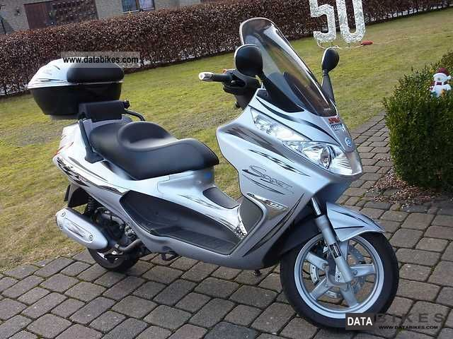 2007 Piaggio  X8 Motorcycle Scooter photo