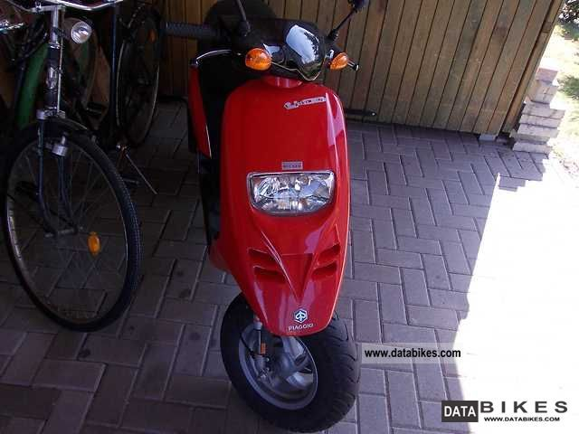 2002 Piaggio  TPH Motorcycle Scooter photo