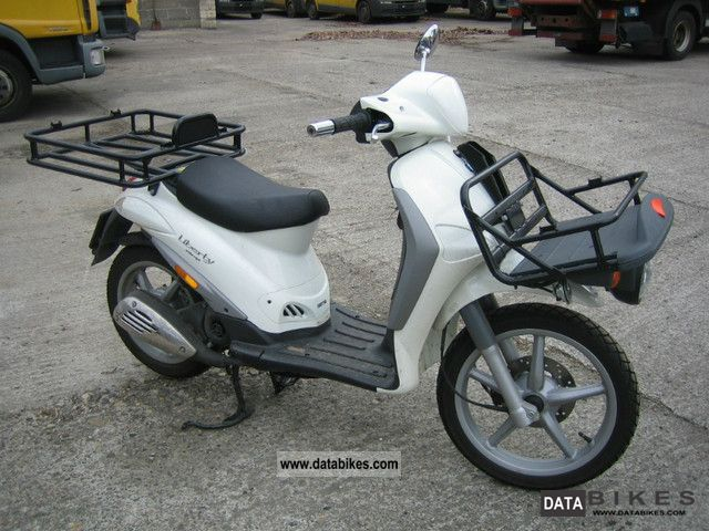 Piaggio  Liberty 4-tempi C42, delivery service, 50x available 2011 Scooter photo
