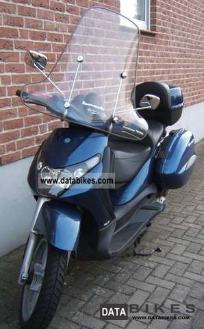 2005 Piaggio  Beverly Motorcycle Scooter photo