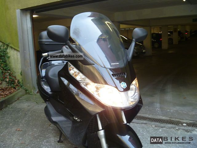 2008 Piaggio  X8 Motorcycle Scooter photo