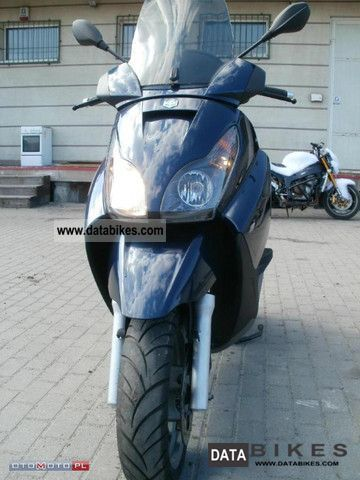 2007 Piaggio  X7 X 7 Motorcycle Scooter photo