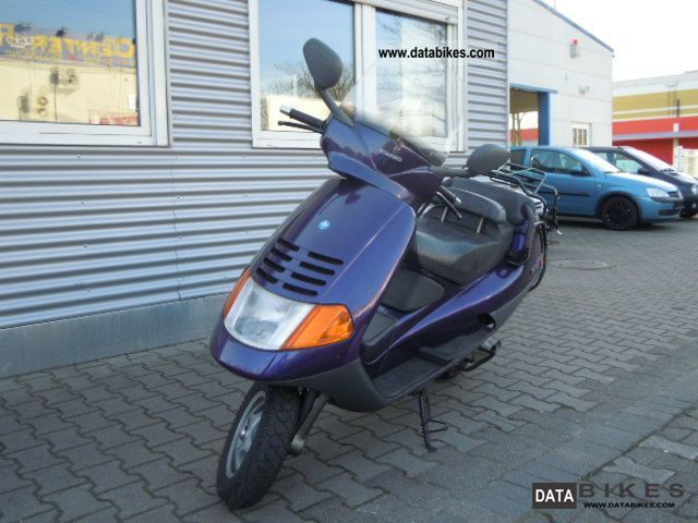 1994 Piaggio  Hexagon 150 EX Motorcycle Scooter photo