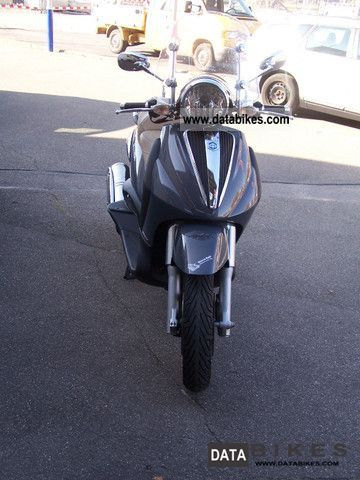 2007 Piaggio  Beverly Cruiser Motorcycle Scooter photo