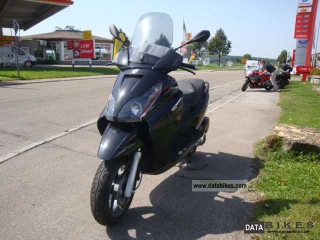 2009 Piaggio  X7 250ie Motorcycle Scooter photo