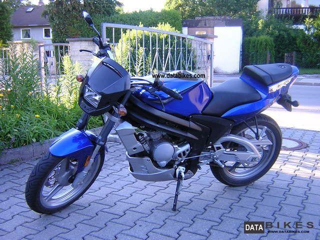 Rieju  NKD 50 2011 Naked Bike photo