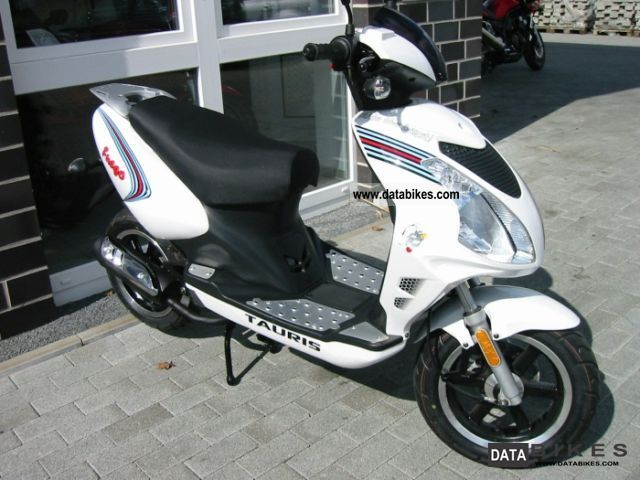 2011 Rieju  TAURIS FUEGO 50 TOP OFFER also moped Motorcycle Scooter photo